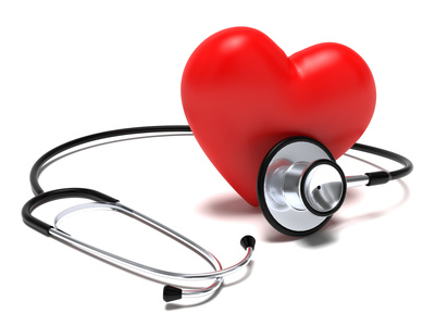 Stetoscopio e cuore rosso